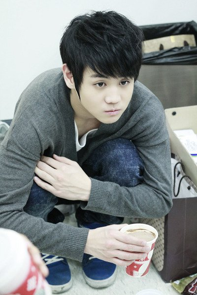 http://milamilen.files.wordpress.com/2011/03/108-yoseob.jpg